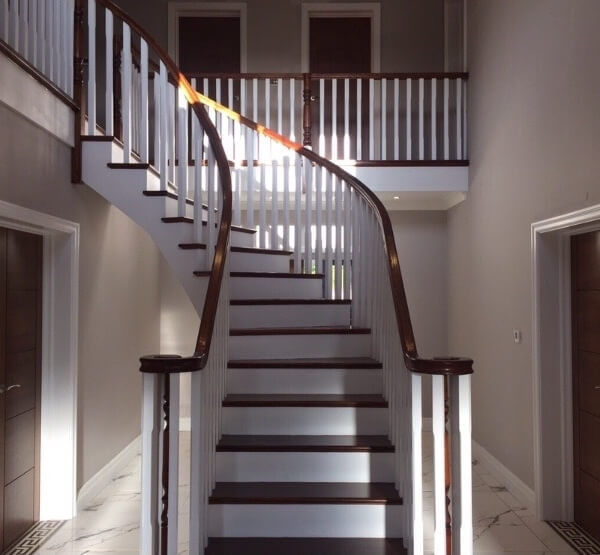 LL-Staircase-new2-e1539892011276